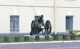gammal artillerikanon Royaltyfria Bilder
