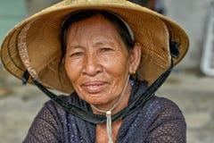 Gammal asiatisk kvinna Arkivfoton
