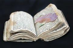 Gammal bönbok från det 17th århundradet Fotografering för Bildbyråer