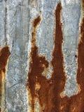 Gammal bakgrund för rostarkvägg Royaltyfria Bilder