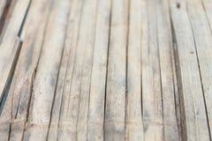 Gammal bambubakgrundstextur Royaltyfri Bild