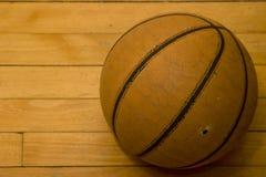 gammal basket Royaltyfri Fotografi