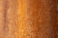Gammal bekymrad brun terrakottakoppar Rusty Stone Background med mångfärgade medräknanden för grov textur Grov nedfläckad lutning royaltyfria foton