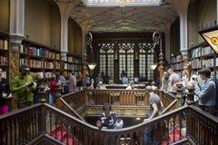Gammal berömd Lello bokhandel royaltyfria bilder