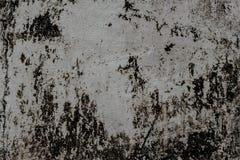 Gammal betongvägg med fläckar och smuts, texturbakgrund Royaltyfri Fotografi