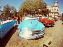 Gammal bil för Kuba Arkivbilder