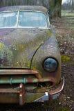 Gammal bil för tappning, rost som rostar Fotografering för Bildbyråer