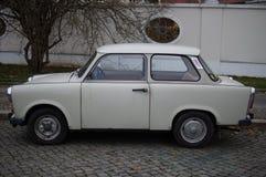 Gammal bil i Östtyskland Royaltyfria Foton