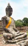 Gammal bild buddha som förstörs i Ayutthaya Royaltyfria Bilder