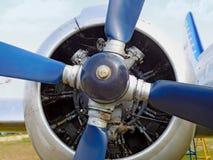 Gammal blå propeller Royaltyfri Foto