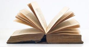 gammal bok Arkivfoton