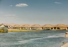 Gammal bro i Irak Royaltyfria Bilder
