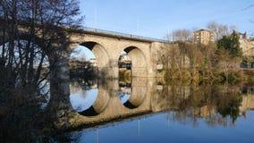 Gammal bro i Limoges, Frankrike stock video