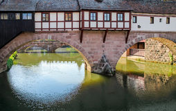 Gammal bro Nuremberg Arkivfoto