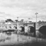 Gammal bro, Wadebridge Arkivbild