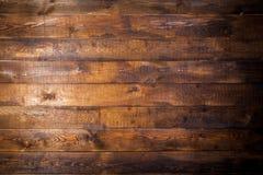 Gammal brun trävägg arkivbilder
