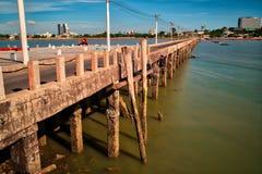 Gammal brygga, Pattaya, Thailand Royaltyfria Foton