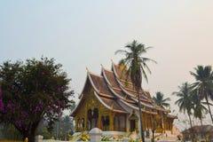 Gammal buddistisk tempel i Laos Arkivfoto