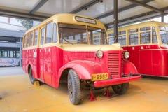 Gammal buss Royaltyfri Bild