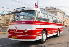 Gammal buss LAZ-695E Fotografering för Bildbyråer