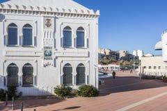 Gammal byggnad, edificiomoruno i gammal lonja i El Grao, maritimt D arkivfoton