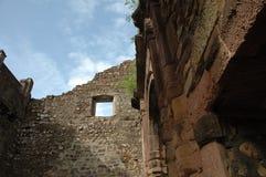 Gammal byggnad för spöke i Indien royaltyfri bild