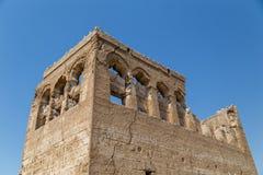 Gammal byggnad fördärvar i Umm Al Quwain Royaltyfri Fotografi