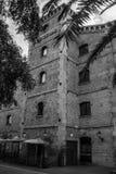 Gammal byggnad i Barcelona Arkivfoto
