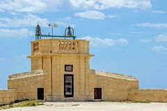 Gammal byggnad i citadell i Victoria malta Royaltyfri Bild