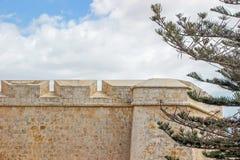Gammal byggnad i citadell i Victoria malta Royaltyfria Bilder