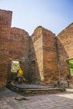 Gammal byggnad i den Ayutthaya staden av Thailand arkivfoton
