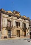 Gammal byggnad i den historiska mitten av Ayora Royaltyfria Foton