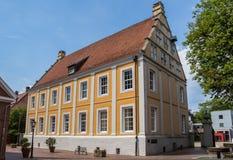 Gammal byggnad i den historiska mitten av Lingen arkivfoto