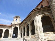 GAMMAL BYGGNAD I MEDINA DE POMAR, SPANIEN royaltyfri foto