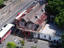 Gammal byggnad i Port-Louis Royaltyfri Foto