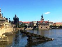Gammal byggnad i Prague, augusti 17 2017 Royaltyfri Bild