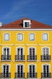 Gammal byggnad, Lissabon, Portugal Fotografering för Bildbyråer
