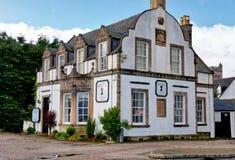 Gammal byggnad på Inverary Royaltyfri Bild