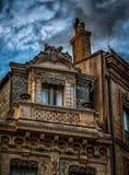 Gammal byggnadsbalkonggarnering i Toulouse Frankrike Arkivfoton