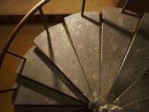 Gammal byggnadstappning, spiralt järn Arkivfoton