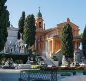 Gammal Chateaukyrkogård i Nice på slottkullen Arkivbilder