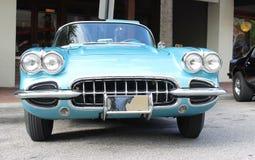 Gammal Chevrolet Corvette bil Royaltyfri Fotografi