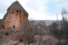 Gammal cloister i cappadokia royaltyfri bild