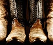 Gammal cowboy Boots - hög kontrast Royaltyfri Bild