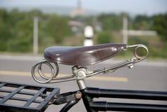 Gammal cykel, gammal cykel i Thailand Royaltyfri Bild