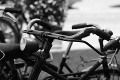 gammal cykelhandlebar arkivfoto