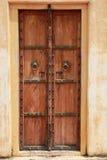 Gammal dörr. Royaltyfri Bild