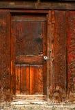 gammal dörr för 4 ladugård Fotografering för Bildbyråer