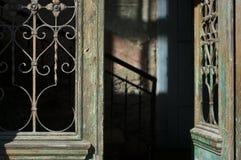 gammal dörringång Fotografering för Bildbyråer