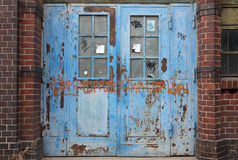 gammal dörrmetall Royaltyfri Bild